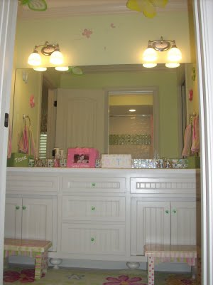 Too Cute Jack And Jill Bathroom Design Dazzle