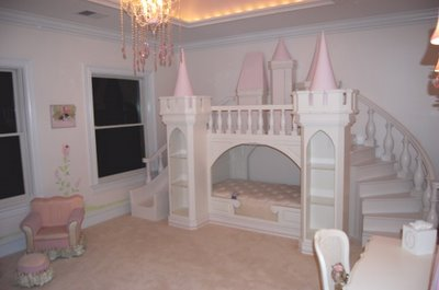 Cinderella Princess Bed that will make all her dreams come true! Featured on Designdazzle.com