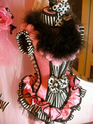 Parisian mannequin dress form - Design Dazzle