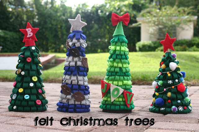 Festive Felt Christmas Trees will be darling as part of your holiday decor! Featured on Design Dazzle