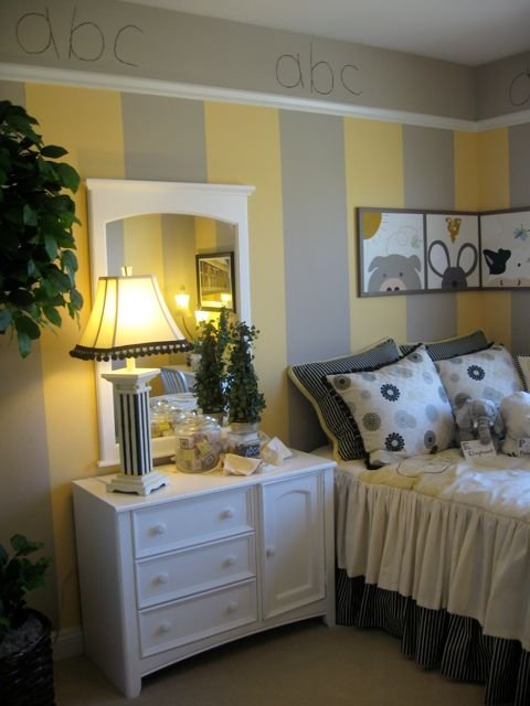 Gray And Yellow Rooms - Home Design