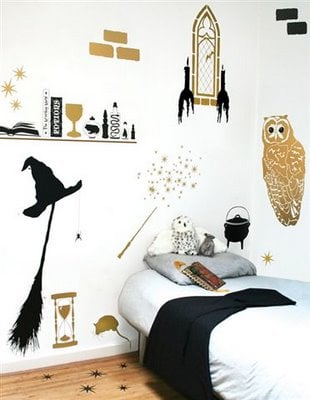 Such An Easy Way To Add A Harry Potter Feel Room With Removable Vinyl Decals Even Though The Are No Longer Available Purchase