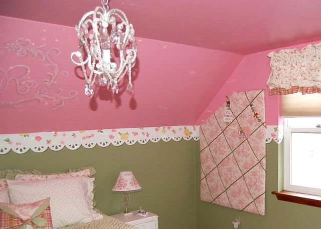 Clever solutions angled ceilings design dazzle for Painting rooms with angled ceilings