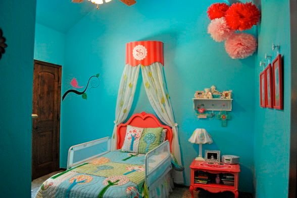 C And Aqua S Room Is So Sweet Fun Featured On Designdazzle