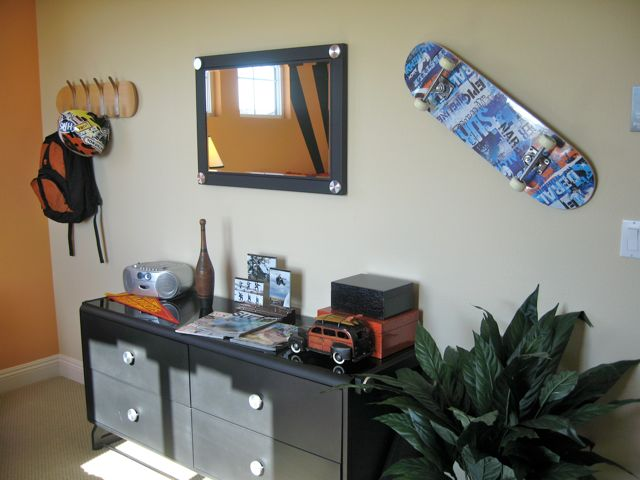 Awesome Skateboard Teen Room by Lennar  Love the colors and hip design. Skateboard Teen Room   Design Dazzle