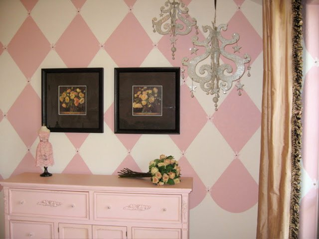 Shabby Chic Girls Room: Parisian Pink and Chocolate! - Design Dazzle