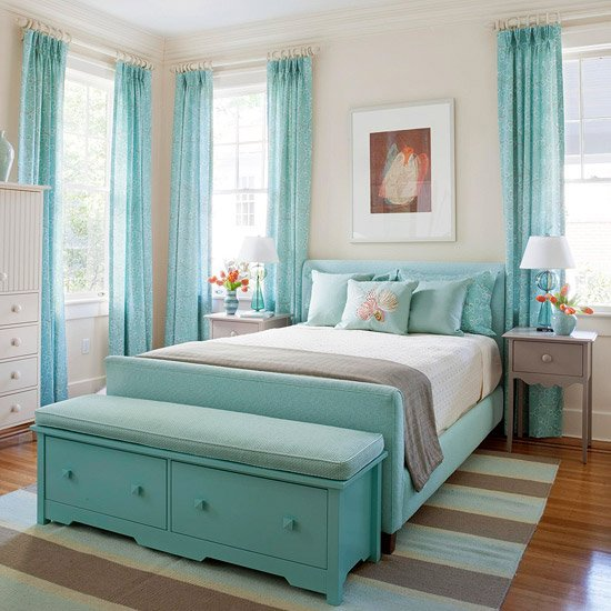 Gorgeous Tiffany Blue teen room ideas that will put a smile on any teen's face! (which is hard to do...)
