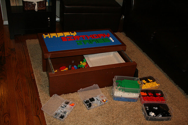 Diy lego table and organization for Table design lego