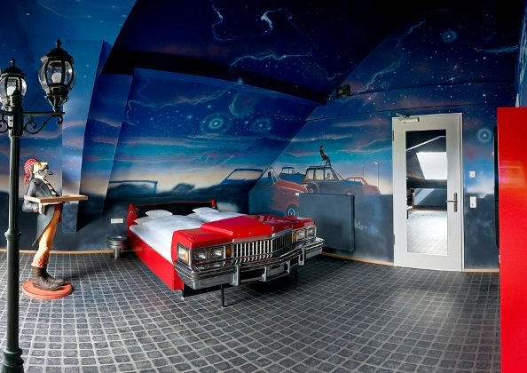 The Rooms Are Designed To Represent A Gas Station, Car Wash, Drive In And  Garage. All Images By Frank Hoppe.