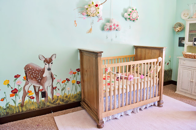 Pink and mint woodland nursery design dazzle - Deco peinture chambre bebe ...
