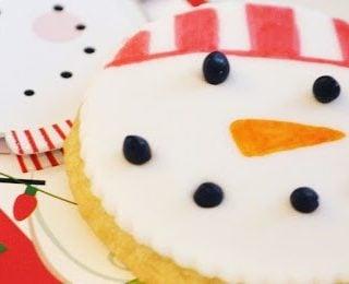 Decorate Cookies Using Edible Food Markers
