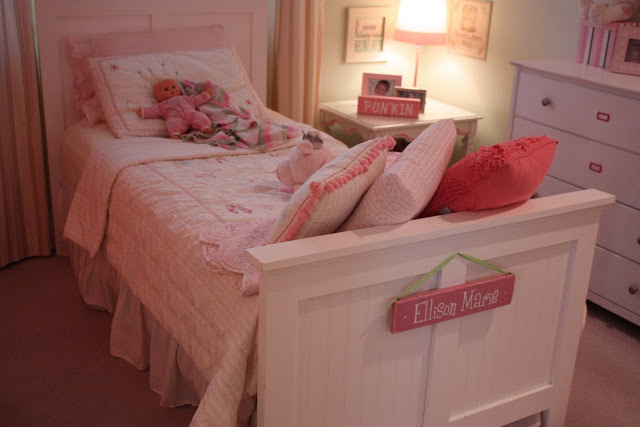 Teenage Rooms: Pretty In Soft Pink!