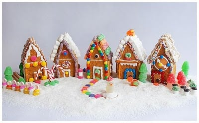 Making A Graham Cracker Gingerbread House Is A Fun Easy Project To Make  With Kids. This Would Also Be A Great Christmas Party Activity With A Lot  Of Kids ...