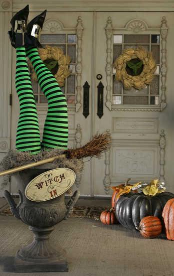 HH_Halloween_lede_09-13-2009_FC1BBK8H.standalone.prod_affiliate.812