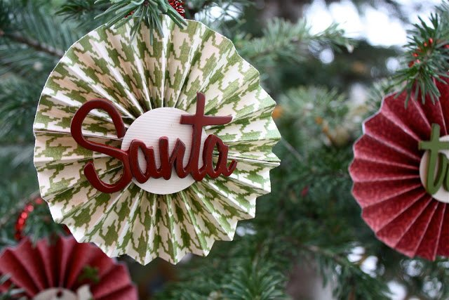 Christmas Paper Medallion Ornament featured on Design Dazzle