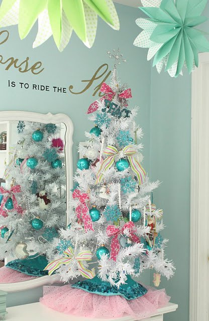 Darling Kids Christmas Tree featured on Design Dazzle