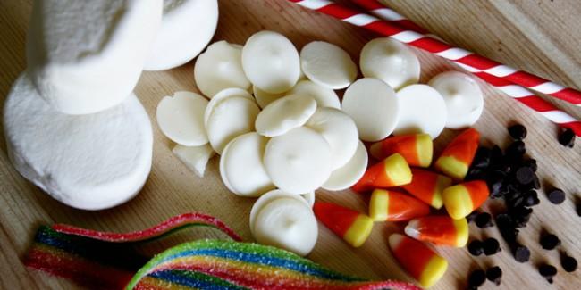 Marshmallow-Snowman-Pops-materials-websized13