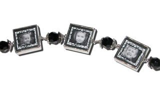 Celebrating Moms & Women Giveaway: Photo Jewelry! – CLOSED