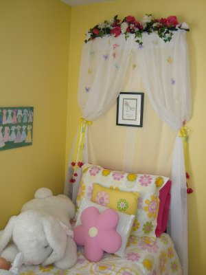 Diy Ideas For Bed Crowns And Canopies Design Dazzle