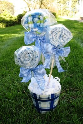 Creative and fun baby shower ideas design dazzle for Baby shower craft decoration ideas
