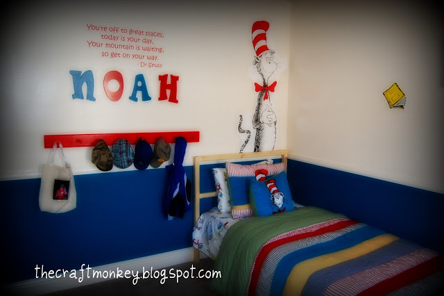 Yet, I Really Love The Simplicity Of The Room U2013 Not A Lot Of Multi Colors  As Usually Done In A Dr. Seuss Room. Image Of The Cat In The Hat Room