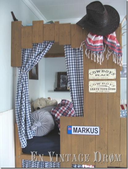 Awesome Ikea Hack, cowboy hideout, ikea, kura bed