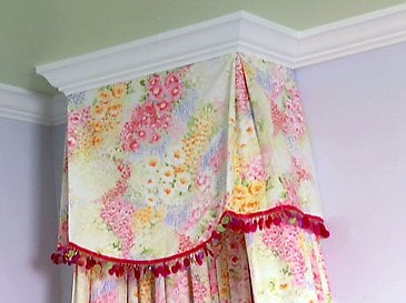 Build your own crown molding bed canopy. Give your room its very own crowning glory. Add an enchanting bed crown above a crib bed or even a desk to add an ... & DIY - Bed Crown Canopy - Design Dazzle
