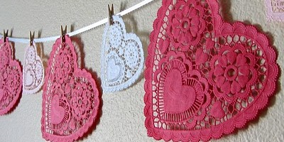 doily-heart-garland