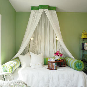 Recreate The Look Of Antique Bed Crowns