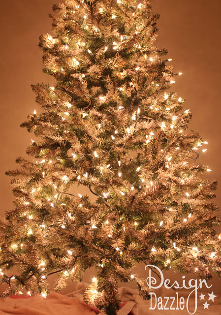 how-to paint and decoupage a Christmas tree