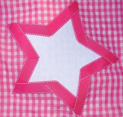 pillowcase tutorial - How to make a cute pillowcase. perfect for girls camp, slumber party, etc. Kids can sew it themselves or you can make it for them! - Design Dazzle