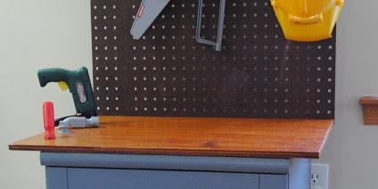 repurposed-nighstand-workbench1