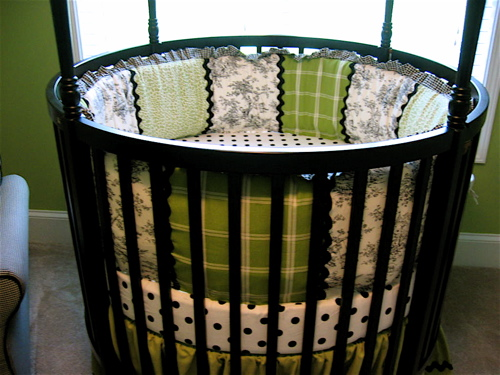 apple green patchwork round crib design dazzle