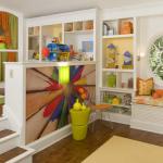 Kids' Craft & Play Room