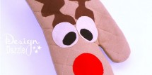 Reindder oven mitt neighbor gift idea