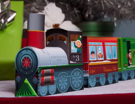 Last Minute Ideas for Christmas Fun!  Printable Christmas Train Featured on Design Dazzle