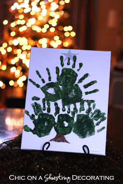 Fun hand print Christmas trees your kids can make!