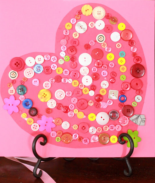 valentine's day crafts for kids - heart button