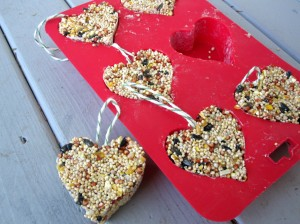 valentine's day crafts for kids - heart shaped bird feeders