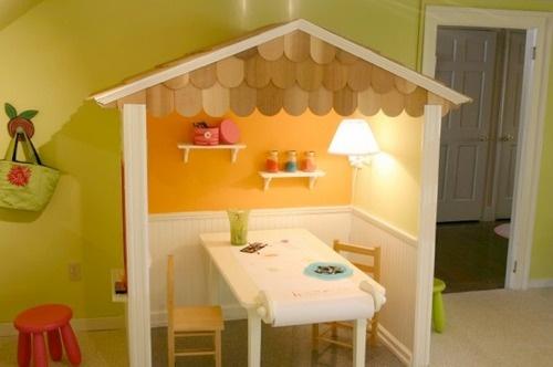 Playhouse-desk