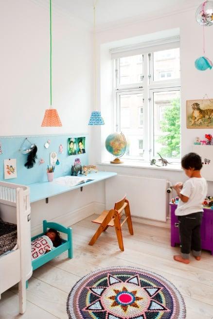 desks in kids rooms