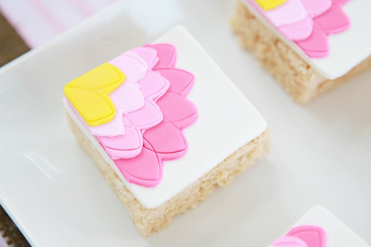 fondant covered rice crispies
