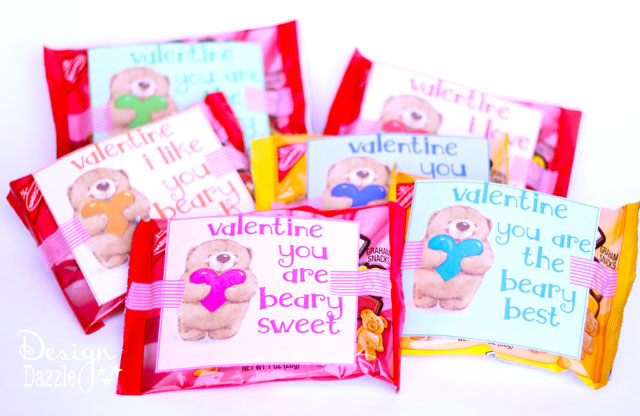 Free Bear Valentine Printable! What is cuter than a cuddly teddy bear to say Happy Valentine's Day??