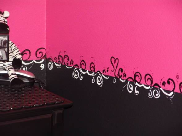 Pink and black zebra teen girls bedroom for Bedroom ideas black and pink