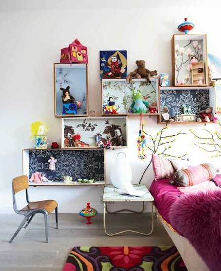 DIY kids room shelving made of drawers