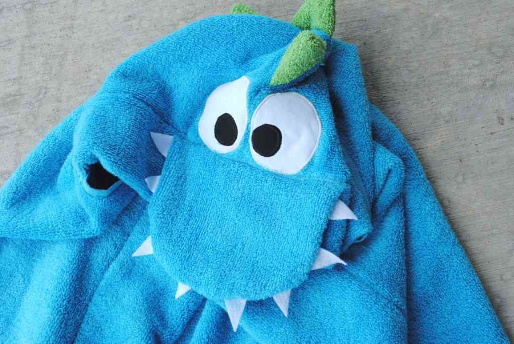 Dino hooded towel for baby