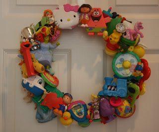DIY Toy Wreath Idea