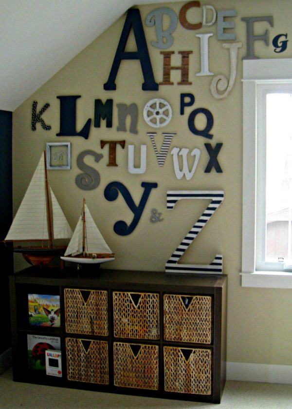 playroom wall decor ideas with wall letters html omahdesigns net. Black Bedroom Furniture Sets. Home Design Ideas