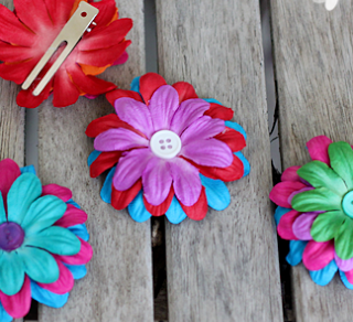 Summer Camp: DIY Flower Hairclips