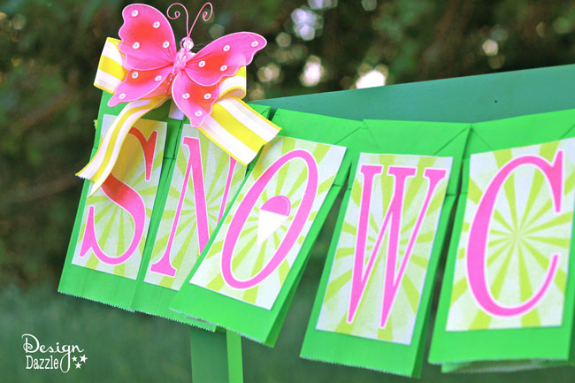 FREE snow cone printable added to green paper bags - easy banner to make!--Design-Dazzle